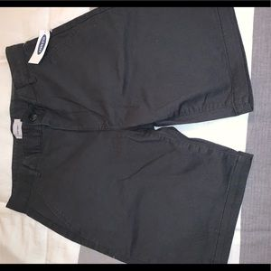 Old Navy charcoal chino shorts. 10Husky